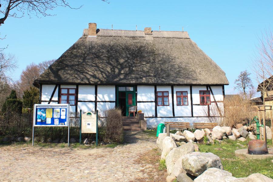Middelhagen Schulmuseum inselzeitung ruegen | Inselzeitung Rügen
